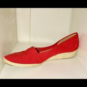 Red Pappagallo Espadrilles size 8 1/2B Spain